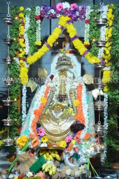 Humcha_Hombuja_2017_Shravanamasa_Pooja_4th_Friday_18-8-2017_0039