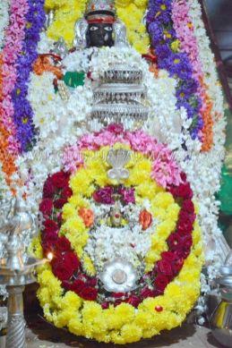 Hombuja-Jain-Math-Humcha-Navarathri-Dasara-Celebrations-Pooja-0006