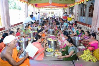 Hombuja-Jain-Math-Humcha-Navarathri-Dasara-Celebrations-Pooja-Day-02-0007