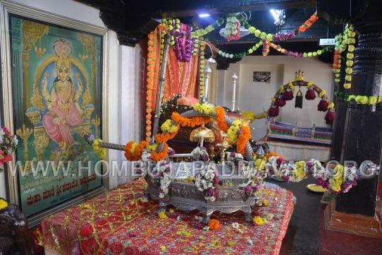 Hombuja-Jain-Math-Humcha-Navarathri-Dasara-Celebrations-Pooja-Day-09-0014