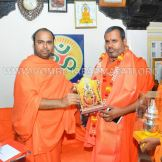 Hombuja-Humcha-Jain-Math-Visit-Nirmalananda-Swamiji-Adichunchanagiri-0017