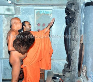 Hombuja-Humcha-Jain-Math-Acharya-Devanandi-Maharaj-0012