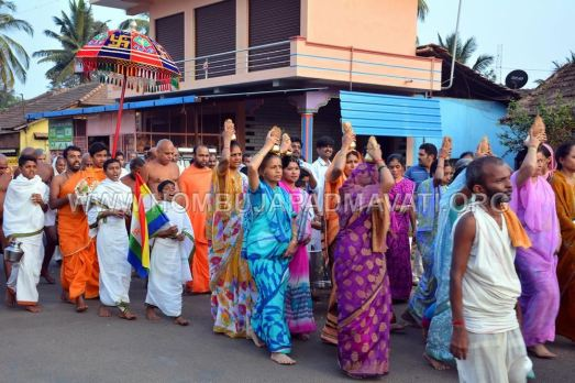 Hombuja-Humcha-Jain-Math-Acharya-Devanandi-Maharaj-008