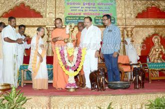 Hombuja-Humcha-Jain-Math-Rathyatra-Day-03-Dhrmika-Sabha-0001