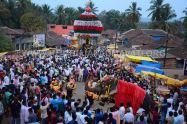 Hombuja-Humcha-Jain-Math-Rathyatra-Evening-0003