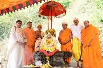 Humcha-Hombuja-Jain-Math-Rathotsava-Day-05-Okali-0014