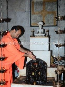 Hombuja-2018-Shravanamasa-Pooja-4th-Friday-07-09-2018-0011A