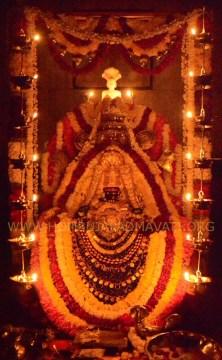 Navaratri-Dasara-Hombuja-Humcha-Jain-Math-2018-Day-03-0012