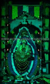 Navaratri-Dasara-Hombuja-Humcha-Jain-Math-2018-Day-09-0021
