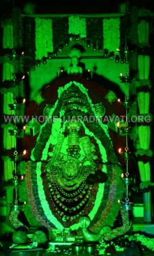 Navaratri-Dasara-Hombuja-Humcha-Jain-Math-2018-Day-09-0025