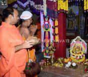 Navaratri-Dasara-Hombuja-Humcha-Jain-Math-2018-Day-10-0011
