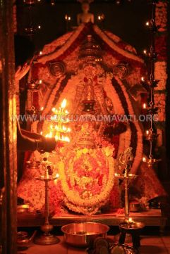 Hombuja-Humcha-Jain-Math-Parshwanath-Padmavati-Laksha-Deepotsava-2018-Day-03-0013