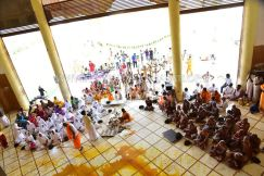 Acharya-Vardhamansagarji-Maharaj-Guddada-Basadi-Hombuja-Jain-Temple-Mastakabhisheka-0005