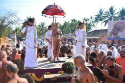 Acharya-Vardhamansagarji-Maharaj-Muni-Sangh-Hombuja-Jain-Math-Mangala-Pravesha-0007