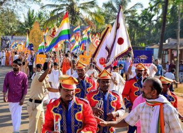 Acharya-Vardhamansagarji-Maharaj-Muni-Sangh-Hombuja-Jain-Math-Mangala-Pravesha-0013