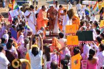 Acharya-Vardhamansagarji-Maharaj-Muni-Sangh-Hombuja-Jain-Math-Mangala-Pravesha-0019