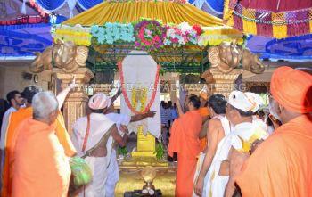 Hombuja-Humcha-Jain-Math-2019-Rathotsava-Dhwaja-0009