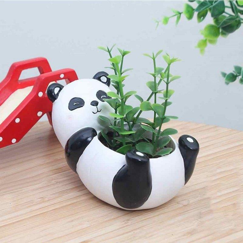 веселая панда для цветов