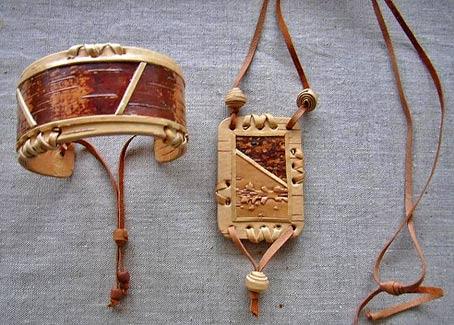 браслет и кулон из бересты ручная работа