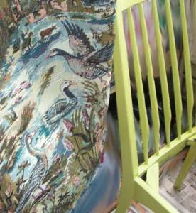 гобелен и стул