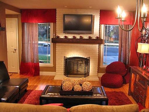 симметричный интерьер яркие шторы