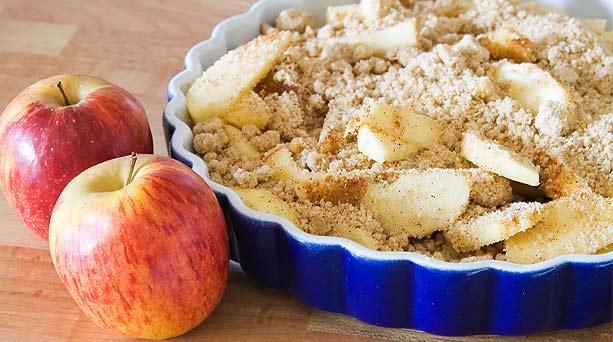 Crumble de manzana con arándano