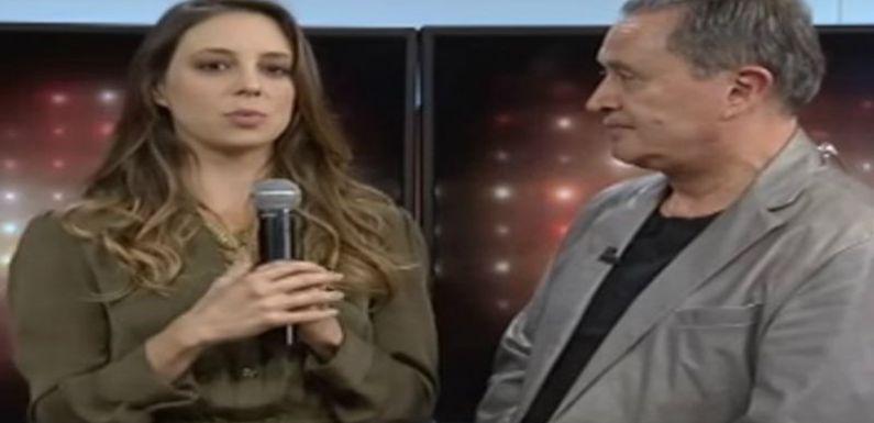 Ricardo Rocha es muy acosador, denuncia comediante Sofía Niño de Rivera, él lo niega VIDEO