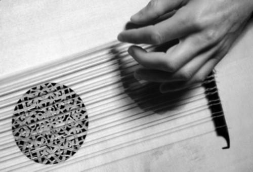 Study of a hand - photo by Eva Bravar