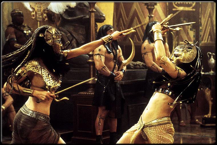 The Mummy Returns Nefertiti vs Anck-su-namun fight