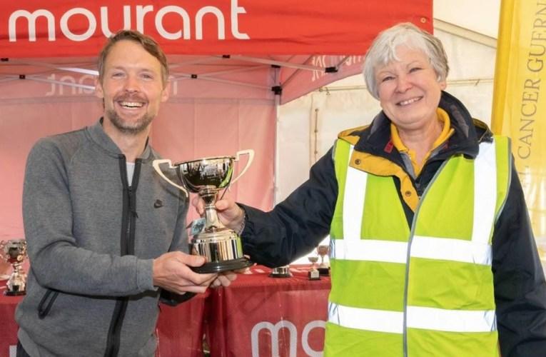 Richard Friedrich gewinnt Insel-Marathon
