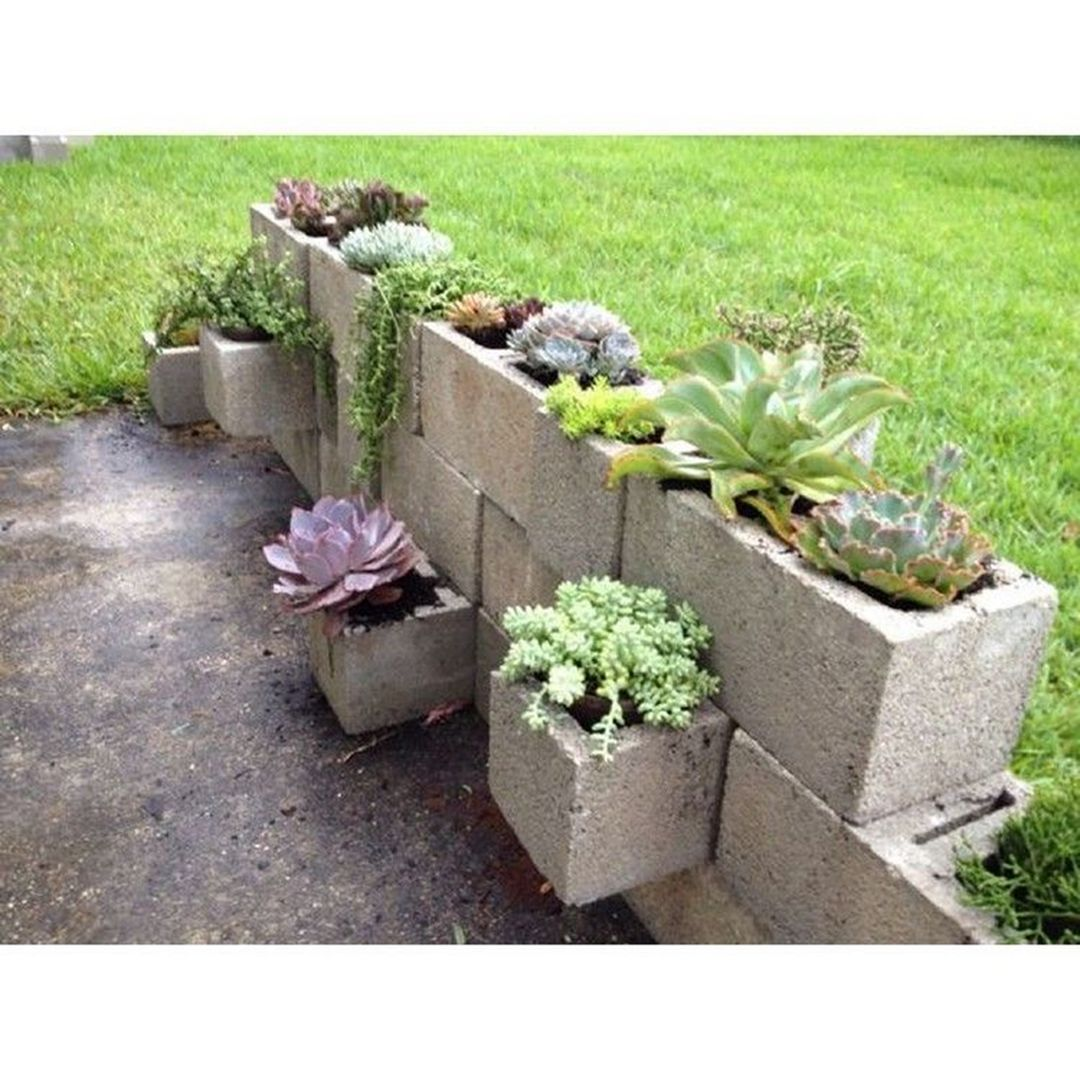 Easy And Inexpensive Cinder Block Garden Ideas 06450