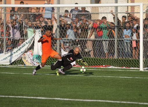 مباراة اتحاد خانيونس في دوري غزة لكرة القدم