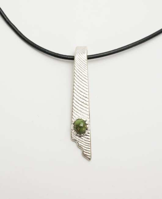 Athea Cajero Grasshopper Turqoise Necklace