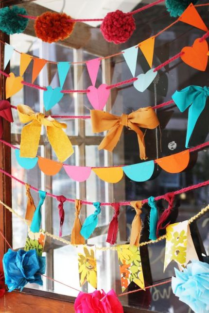 10 Ways to Make a Garland