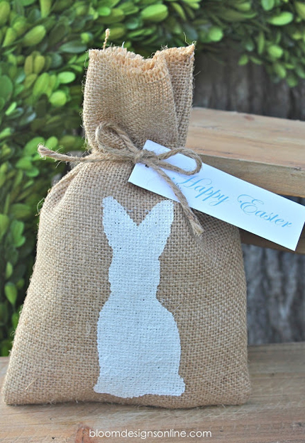 15 Bunny Silhouette Crafts for Easter @craftgossip