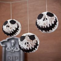 DIY Halloween String Garland