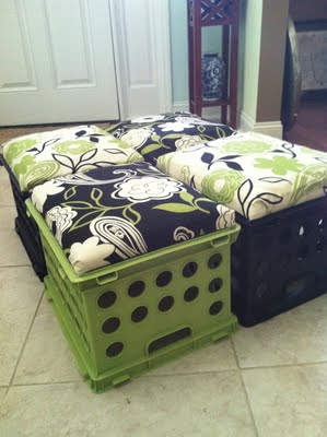 Delicieux DIY Milk Crate Seats