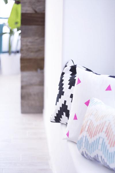 Triangle-Pattern-DIY-Pillow