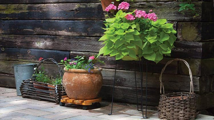 landscaping a retaining wall with railroad ties