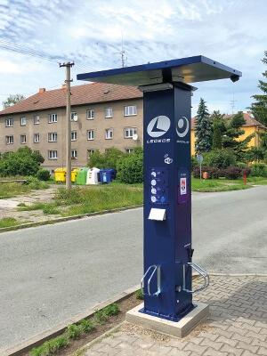Dobíjecí stanice ve Velkém Oseku