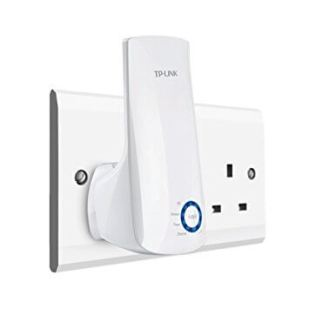 plug-in wifi range