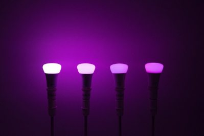 Philips Hue A19 in Purple