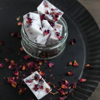 bath melts, rose, coconut, diy beauty, diy skincare, diy bath melts, recipe bath melts