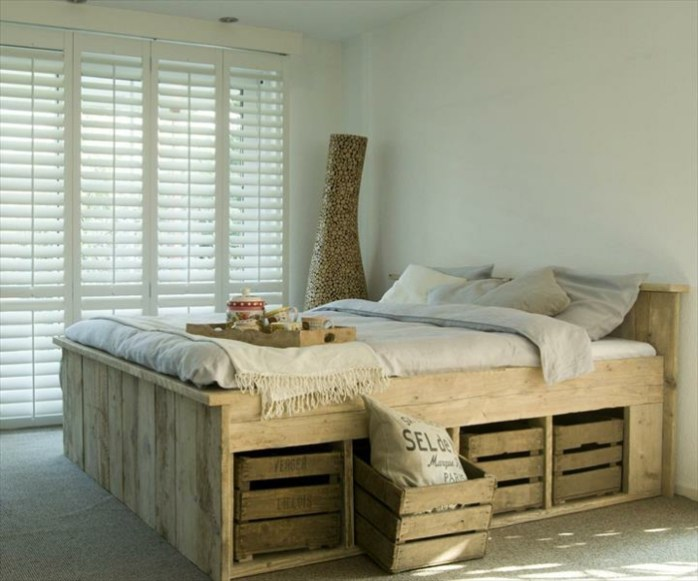 Bedroom Storage with Wood Crates