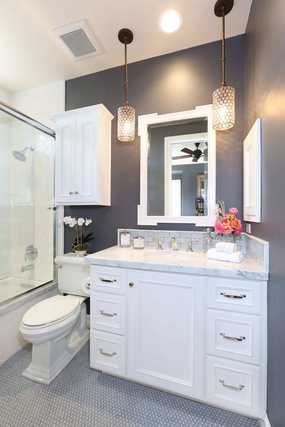 32 Best Small Bathroom Design Ideas and Decorations for 2020 on Small Bathroom Ideas With Shower id=87611