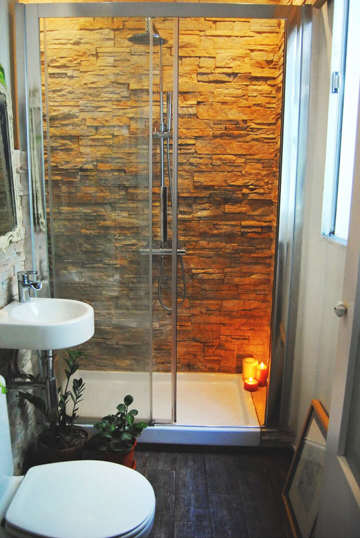 32 Best Small Bathroom Design Ideas and Decorations for 2020 on Small Restroom Ideas  id=97636
