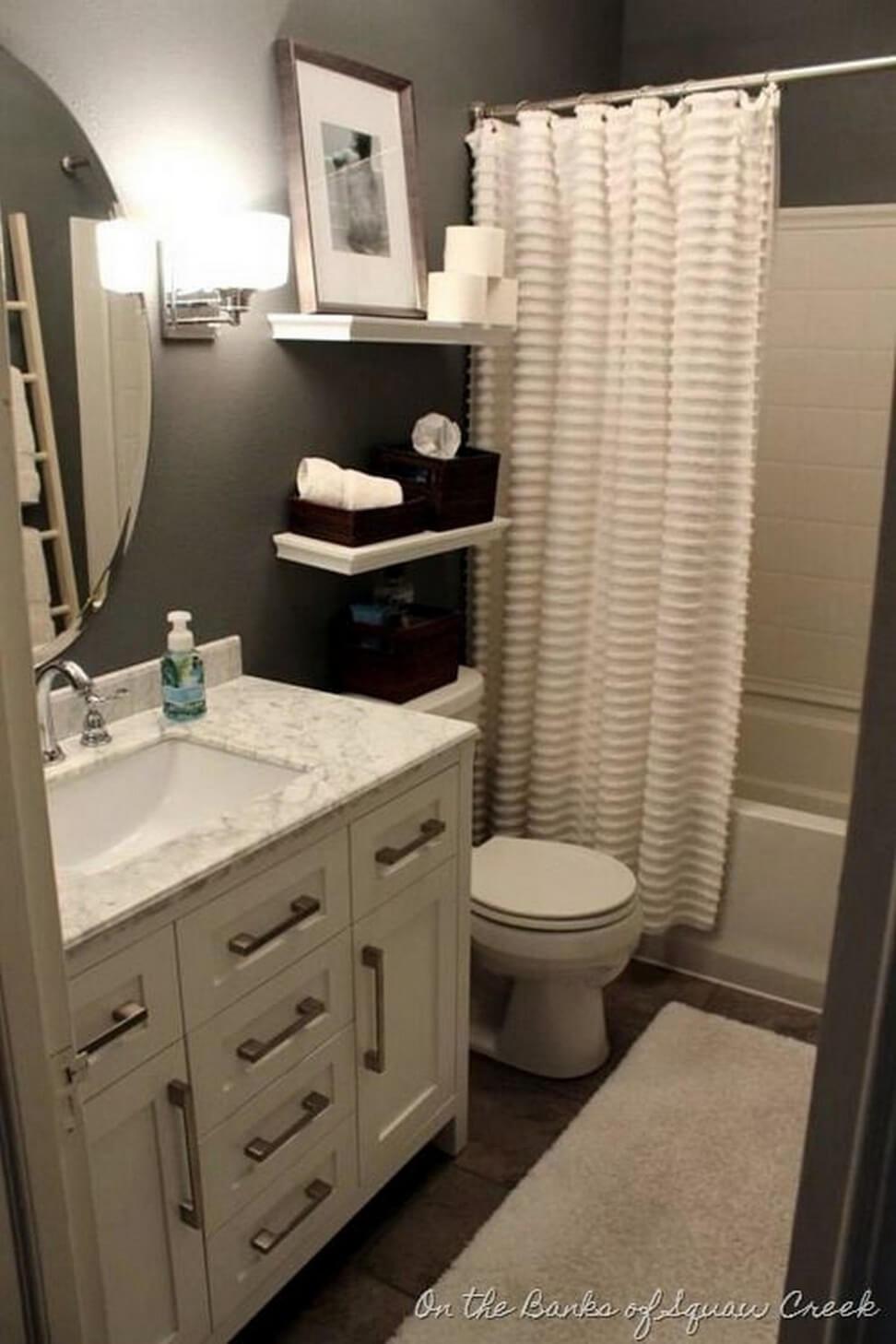 32 Best Small Bathroom Design Ideas and Decorations for 2020 on Bathroom Ideas Apartment  id=38922