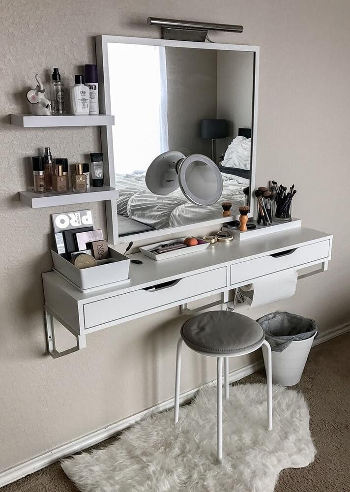 15 Stunning Makeup Vanity Decor Ideas - Style Motivation on Make Up Room Ideas  id=92446