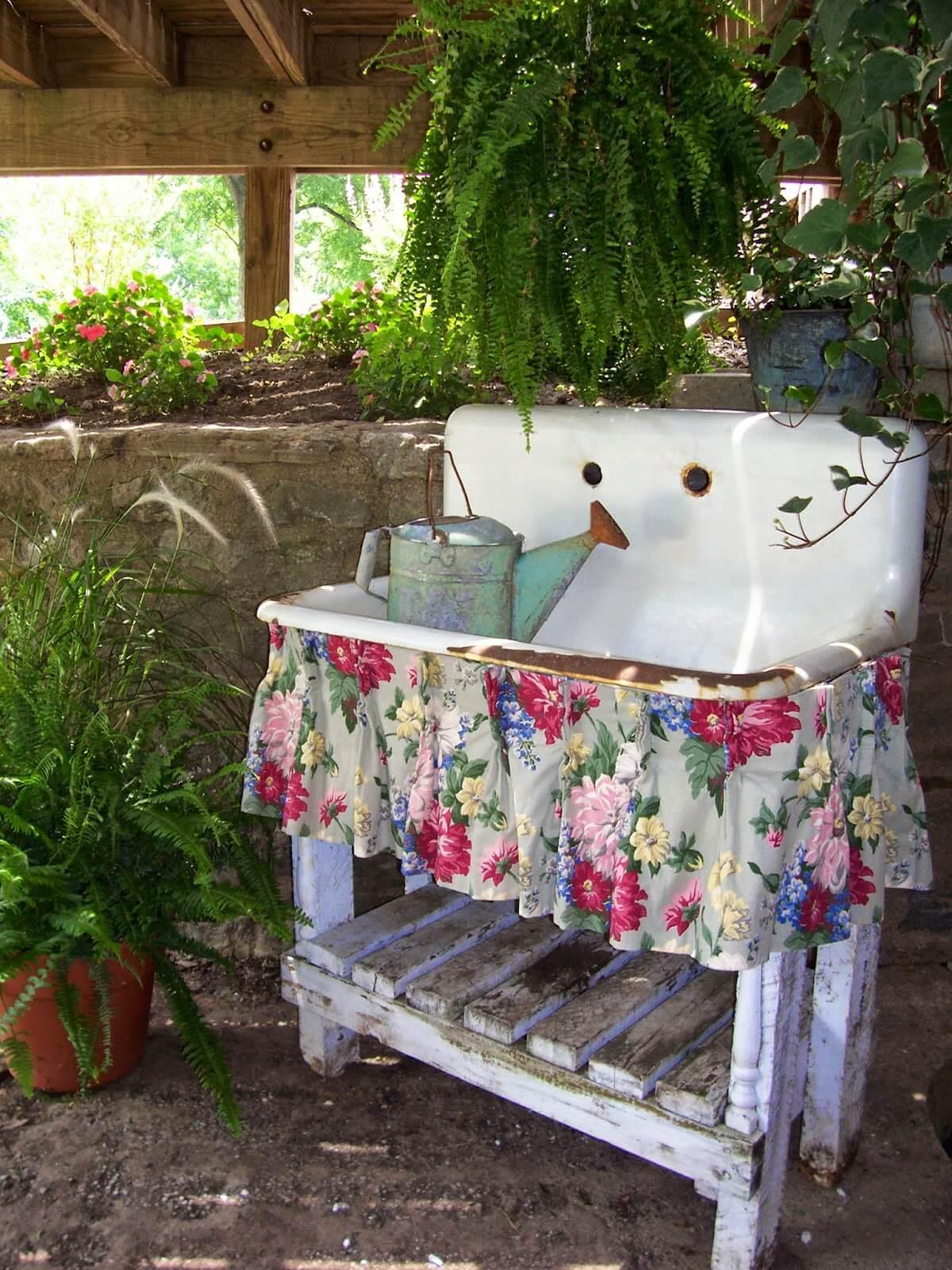 34 Best Vintage Garden Decor Ideas and Designs for 2020 on Garden Decor Ideas  id=19128