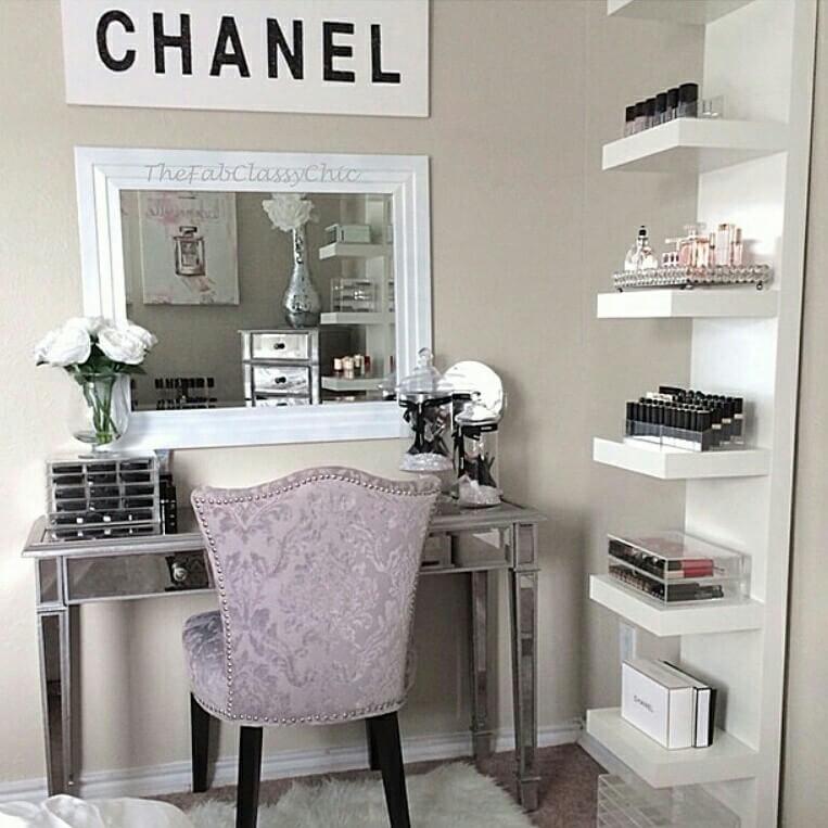 15 Stunning Makeup Vanity Decor Ideas - Style Motivation on Make Up Room Ideas  id=26054